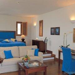 Отель Grand Resort Lagonissi комната для гостей фото 5