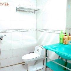 Отель Fuyide Hotel Shenzhen Китай, Шэньчжэнь - отзывы, цены и фото номеров - забронировать отель Fuyide Hotel Shenzhen онлайн ванная