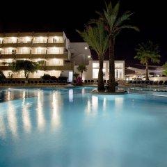 Отель Mar Hotels Rosa del Mar & Spa бассейн
