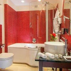 Отель La Griffe Roma MGallery by Sofitel Италия, Рим - 5 отзывов об отеле, цены и фото номеров - забронировать отель La Griffe Roma MGallery by Sofitel онлайн ванная