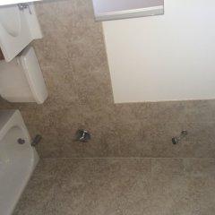 Отель Williamsburg Hostel США, Нью-Йорк - отзывы, цены и фото номеров - забронировать отель Williamsburg Hostel онлайн ванная