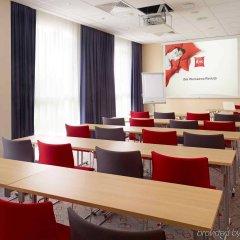 Отель Ibis Warszawa Reduta Польша, Варшава - 13 отзывов об отеле, цены и фото номеров - забронировать отель Ibis Warszawa Reduta онлайн помещение для мероприятий