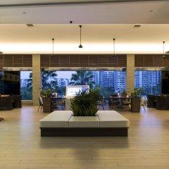 Отель One15 Marina Club Сингапур интерьер отеля