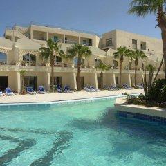 Отель Aqua Fun Club бассейн