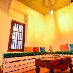 Отель Araliya Villa Fort развлечения