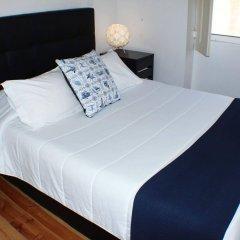 Отель Dear Porto Guest House сейф в номере