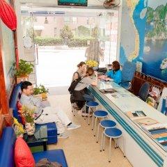 Отель Halong Party Hostel Вьетнам, Халонг - отзывы, цены и фото номеров - забронировать отель Halong Party Hostel онлайн бассейн фото 2