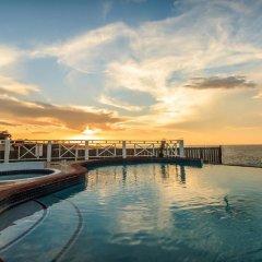 Отель Emerson Paradise Villas Ямайка, Монастырь - отзывы, цены и фото номеров - забронировать отель Emerson Paradise Villas онлайн бассейн фото 2