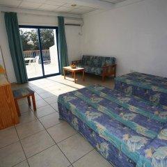 Отель Green Bungalows Hotel Apartments Кипр, Айя-Напа - 6 отзывов об отеле, цены и фото номеров - забронировать отель Green Bungalows Hotel Apartments онлайн комната для гостей фото 5
