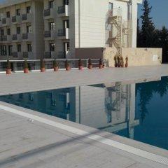 Bayramoglu Resort Hotel Турция, Гебзе - отзывы, цены и фото номеров - забронировать отель Bayramoglu Resort Hotel онлайн бассейн фото 3