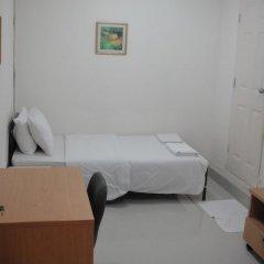 Апартаменты Freesia Saladaeng Silom Apartments Бангкок комната для гостей фото 5