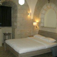 St. Georges Cathedral Pilgrim Guesthouse Израиль, Иерусалим - отзывы, цены и фото номеров - забронировать отель St. Georges Cathedral Pilgrim Guesthouse онлайн комната для гостей фото 3