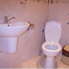 Отель Aqua Hotel Болгария, Равда - отзывы, цены и фото номеров - забронировать отель Aqua Hotel онлайн ванная
