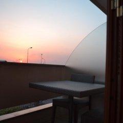 Hotel Naitendi Кутрофьяно балкон