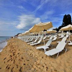 Отель RIU Hotel Astoria Mare - All Inclusive Болгария, Золотые пески - отзывы, цены и фото номеров - забронировать отель RIU Hotel Astoria Mare - All Inclusive онлайн пляж фото 2