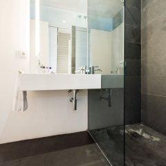 Отель Chueca con Vistas City Center Испания, Мадрид - отзывы, цены и фото номеров - забронировать отель Chueca con Vistas City Center онлайн ванная