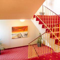 Отель St. Joseph Hotel Германия, Гамбург - отзывы, цены и фото номеров - забронировать отель St. Joseph Hotel онлайн интерьер отеля