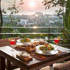 Отель Shanaya Residence Ocean View Kata Пхукет питание