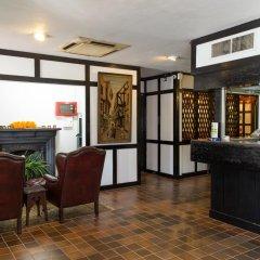 Sloane Court Hotel интерьер отеля