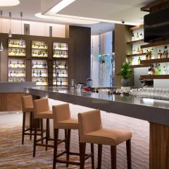 Гостиница Хилтон Гарден Инн Оренбург в Оренбурге 6 отзывов об отеле, цены и фото номеров - забронировать гостиницу Хилтон Гарден Инн Оренбург онлайн гостиничный бар
