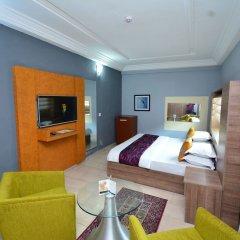 Отель Golden Tulip Airport Hotel Нигерия, Варри - отзывы, цены и фото номеров - забронировать отель Golden Tulip Airport Hotel онлайн комната для гостей фото 3
