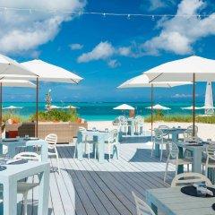 Отель Beach House Turks and Caicos бассейн