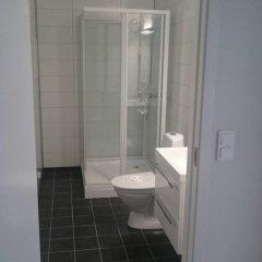 Отель Kvadraturen Apartments Social Норвегия, Кристиансанд - отзывы, цены и фото номеров - забронировать отель Kvadraturen Apartments Social онлайн ванная фото 2