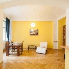 Апартаменты Central Apartment With Netflix Subscription 2 Bedroom Apts Прага