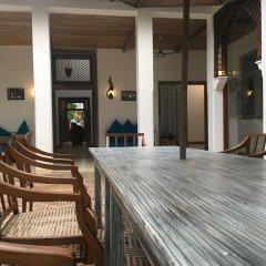 Отель Fort Square Boutique Villa Шри-Ланка, Галле - отзывы, цены и фото номеров - забронировать отель Fort Square Boutique Villa онлайн бассейн