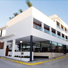 Отель Apartamentos Conilsol Испания, Кониль-де-ла-Фронтера - отзывы, цены и фото номеров - забронировать отель Apartamentos Conilsol онлайн вид на фасад