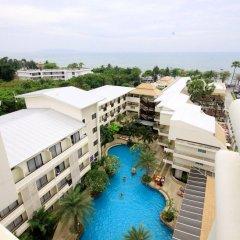Отель Sea Breeze Jomtien Resort балкон