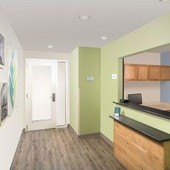 Отель Woodspring Suites Columbus Hilliard Колумбус комната для гостей фото 2