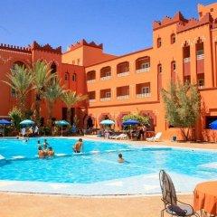 Отель Hôtel Farah Al Janoub Марокко, Уарзазат - отзывы, цены и фото номеров - забронировать отель Hôtel Farah Al Janoub онлайн бассейн фото 3