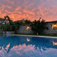 Windmill Alacati Boutique Hotel Турция, Чешме - отзывы, цены и фото номеров - забронировать отель Windmill Alacati Boutique Hotel онлайн бассейн фото 2
