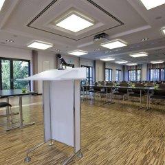 Jugendherberge Koeln-Riehl - City Hostel Кёльн помещение для мероприятий