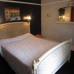 Отель Hôtel De Lille Louvre Франция, Париж - отзывы, цены и фото номеров - забронировать отель Hôtel De Lille Louvre онлайн комната для гостей