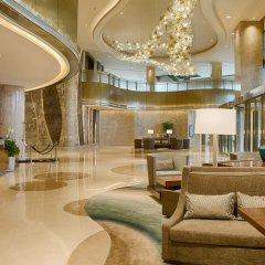 Отель DoubleTree by Hilton Hotel Xiamen - Wuyuan Bay Китай, Сямынь - отзывы, цены и фото номеров - забронировать отель DoubleTree by Hilton Hotel Xiamen - Wuyuan Bay онлайн интерьер отеля фото 2
