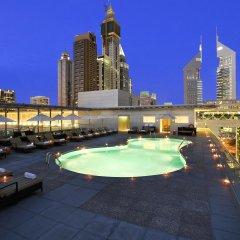 Отель The Ritz-Carlton, Dubai International Financial Centre ОАЭ, Дубай - 8 отзывов об отеле, цены и фото номеров - забронировать отель The Ritz-Carlton, Dubai International Financial Centre онлайн бассейн