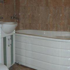 Отель Rusalka Spa Complex Болгария, Свиштов - отзывы, цены и фото номеров - забронировать отель Rusalka Spa Complex онлайн ванная