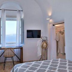 Отель Namaste Suites by Caldera Houses Греция, Остров Санторини - отзывы, цены и фото номеров - забронировать отель Namaste Suites by Caldera Houses онлайн комната для гостей фото 5