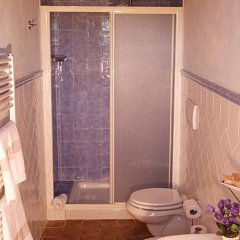 Отель il cardino Италия, Сан-Джиминьяно - отзывы, цены и фото номеров - забронировать отель il cardino онлайн ванная