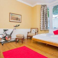Отель 1 Bedroom Flat in Highbury детские мероприятия