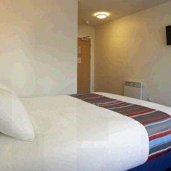 Отель Travelodge Manchester Piccadilly комната для гостей