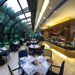 Отель Amari Don Muang Airport Bangkok Таиланд, Бангкок - 11 отзывов об отеле, цены и фото номеров - забронировать отель Amari Don Muang Airport Bangkok онлайн питание фото 2