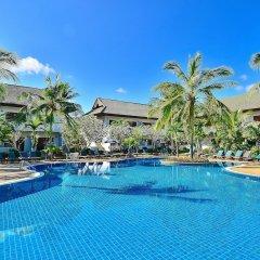 Отель First Bungalow Beach Resort бассейн фото 7