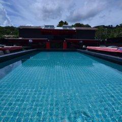 Отель Sharaya Residence Patong бассейн