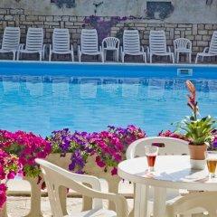 Hotel K2 Нумана бассейн фото 3
