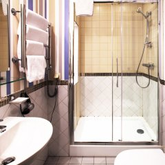 Гостиница Северная Корона в Выборге - забронировать гостиницу Северная Корона, цены и фото номеров Выборг ванная фото 2