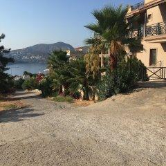 Kalkan Koc Apart Турция, Калкан - отзывы, цены и фото номеров - забронировать отель Kalkan Koc Apart онлайн парковка