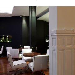 Отель Le Grand Balcon Hotel Франция, Тулуза - отзывы, цены и фото номеров - забронировать отель Le Grand Balcon Hotel онлайн гостиничный бар